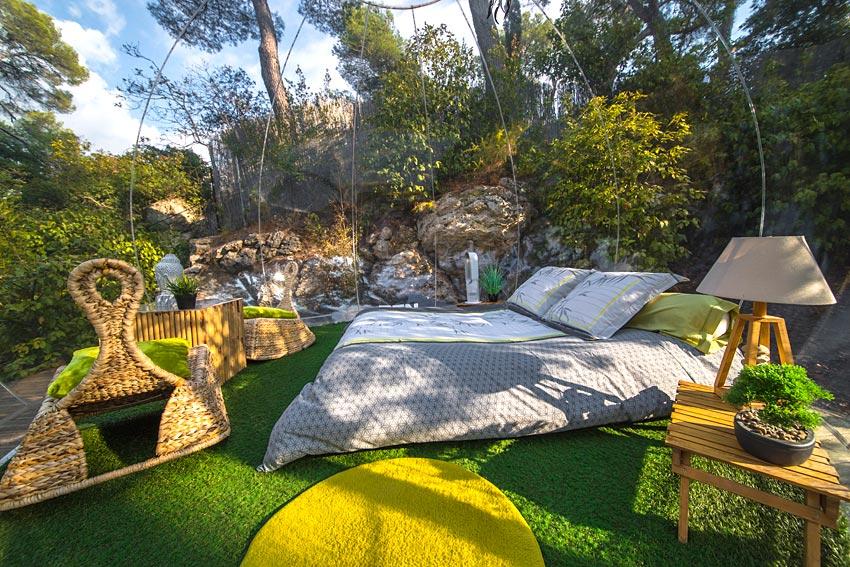 nuit insolite bulle location avec cuisine quip e droit locataire. Black Bedroom Furniture Sets. Home Design Ideas