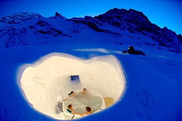 iglu dorf dormir dans un igloo en suisse hotels. Black Bedroom Furniture Sets. Home Design Ideas