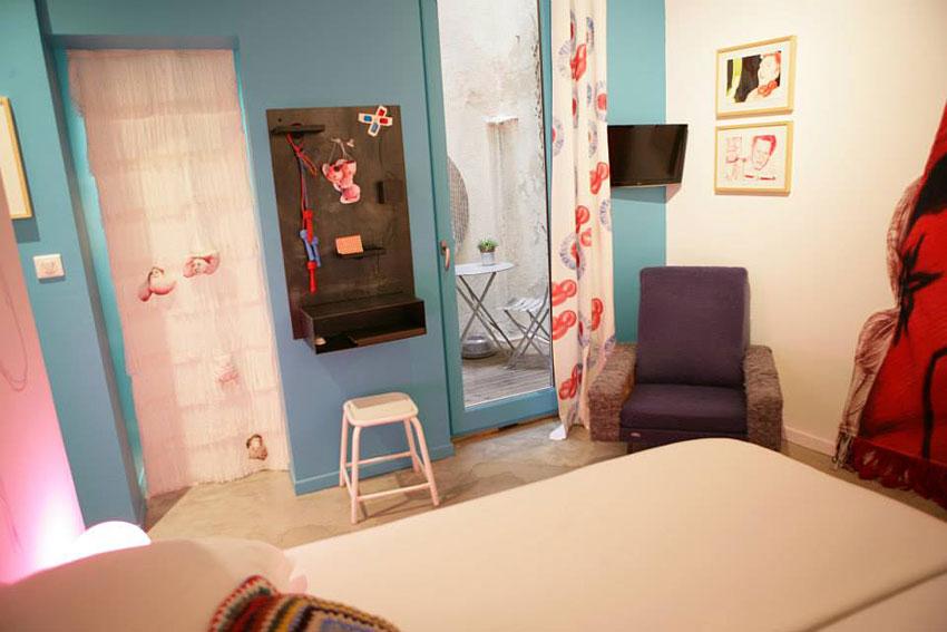 au vieux panier chambre d 39 hotes insolite marseille hotels. Black Bedroom Furniture Sets. Home Design Ideas