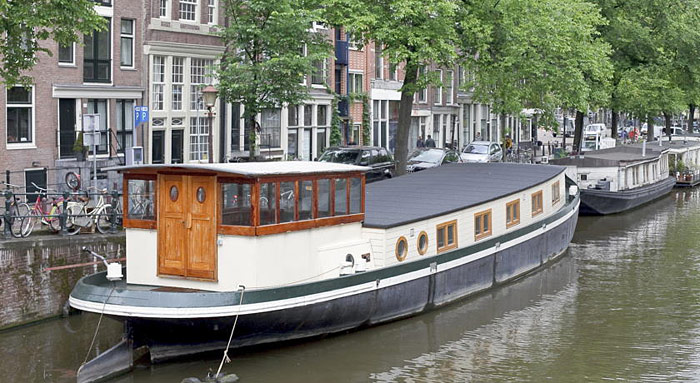 Houseboat prince william p niche amsterdam hotels - Hotel insolite amsterdam ...