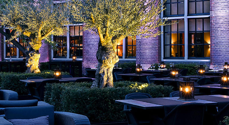 the college hotel hotel insolite amsterdam hotels. Black Bedroom Furniture Sets. Home Design Ideas