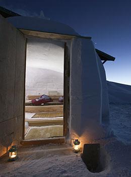 nuit insolite 3200m igloo la meije la grave. Black Bedroom Furniture Sets. Home Design Ideas