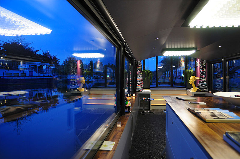 bateau h tel le d 39 g te urbain insolite nantes hotels. Black Bedroom Furniture Sets. Home Design Ideas