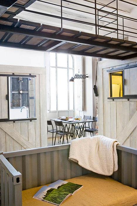 le voyage extraordinaire jules verne chambre d 39 h tes insolite nantes. Black Bedroom Furniture Sets. Home Design Ideas