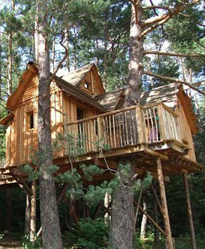 nids des vosges cabanes dans les arbres hotels. Black Bedroom Furniture Sets. Home Design Ideas