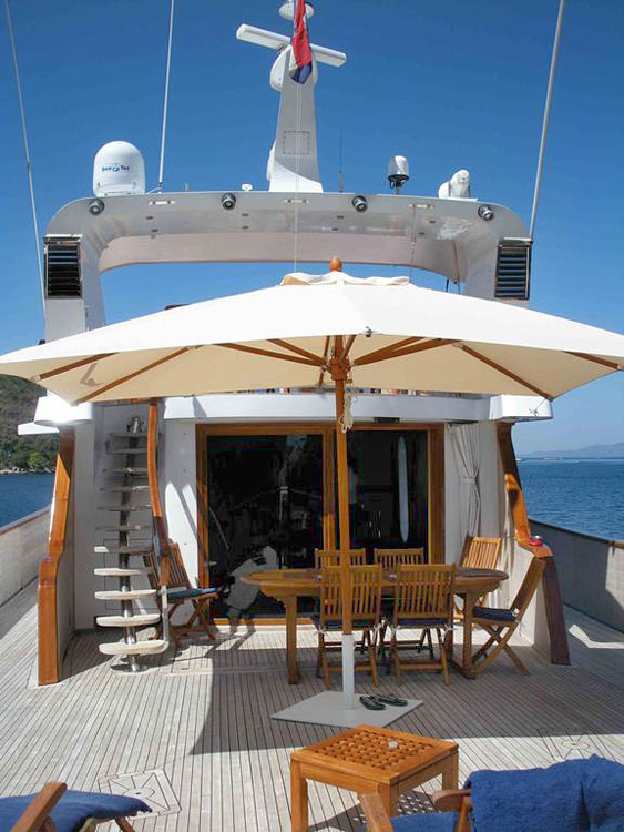 Motor yacht bert chambre d 39 hotes insolite venise for Hotel insolite