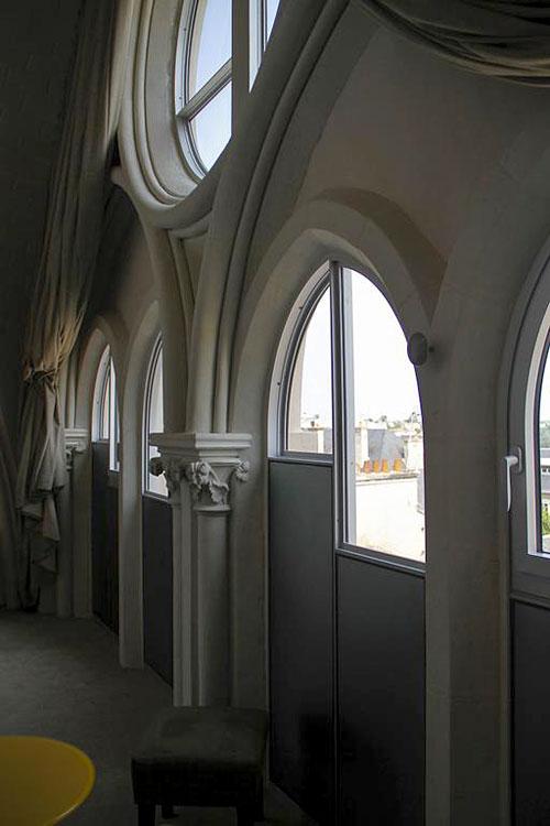 Mercure poitiers centre hotel dans l 39 ancienne chapelle for Poitier numero departement