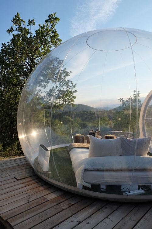 les bulles de forcalquier dormir dans une bulle entre luberon et provence. Black Bedroom Furniture Sets. Home Design Ideas