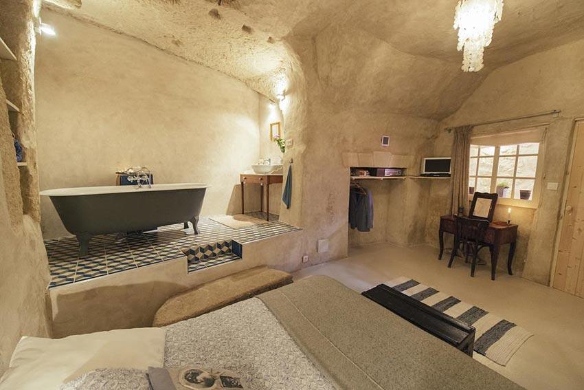 amboise troglodyte chez h l ne. Black Bedroom Furniture Sets. Home Design Ideas