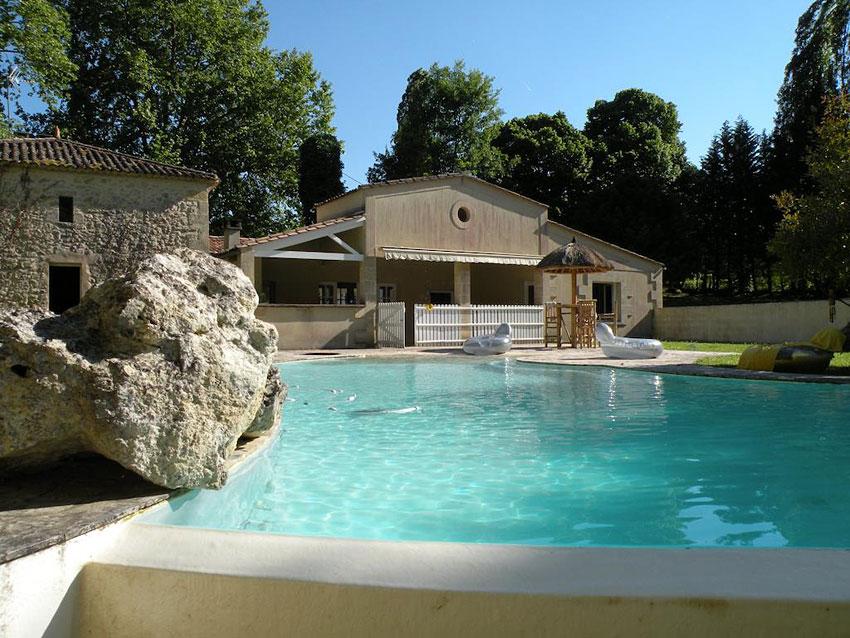 Moulin de rioupassat chambre d 39 hotes en gironde hotels for Chambre d hotes insolites