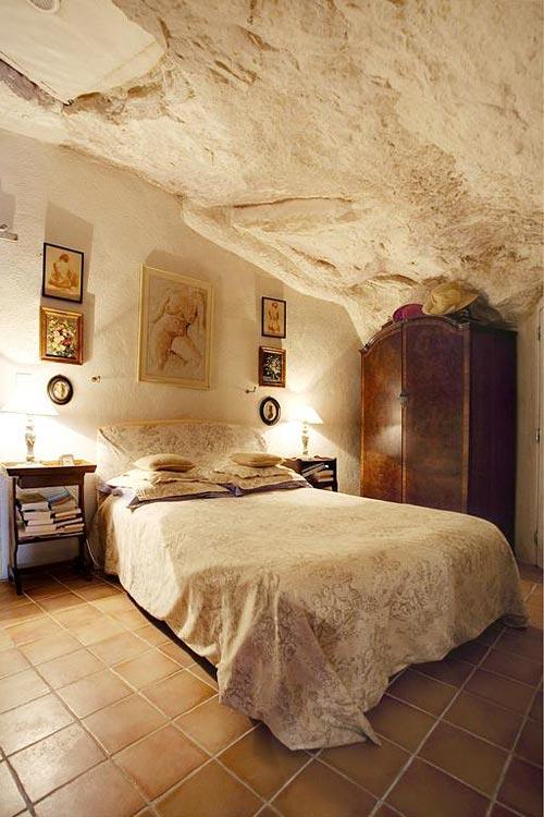 La Cave De L Eperon Hotel Troglodyte Dans Le Loir Et Cher