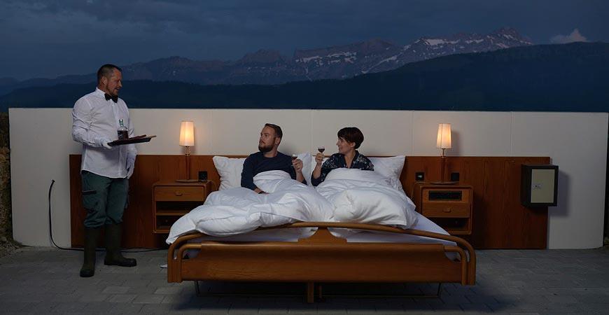 null stern hotel hebergement insolite dans les grisons. Black Bedroom Furniture Sets. Home Design Ideas
